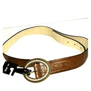 Women's  L Brown Belt